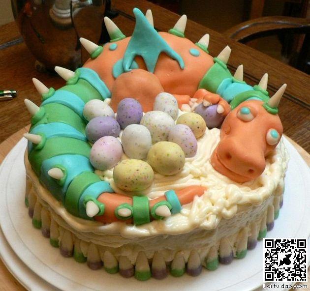 有爱的恐龙蛋糕